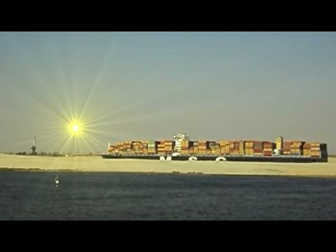 ��о�ождение С���кого канала. Suez Canal passing. More interesting on the channel Leos http://www.youtube.com/user/leonenkosergiy.