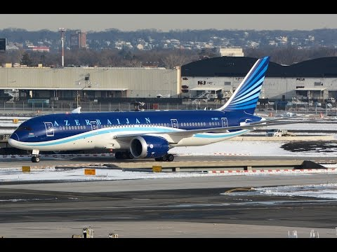 Plane Spotting: Azerbaijan 787-8 taxiing at JFK