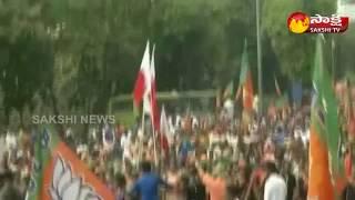 Massive protest against Sabarimala verdict on Kerala streets