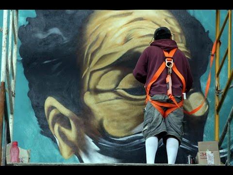 Asi son los murales que hacen a las afueras de Guanajuato