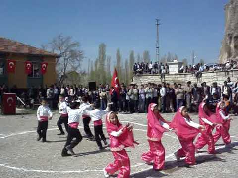 AYAZİN İÖO. 23 NİSAN Bursa'nın Ufak tefek Taşları- Gamzeli Yarim Gösteri.MPG