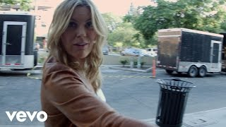 Grace Potter & The Nocturnals - Roar (VEVO Tour Exposed)