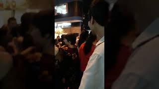 vlog7: Thúy Nga xuất hiện gây náo loạn tại đám tang Ns Anh Vũ