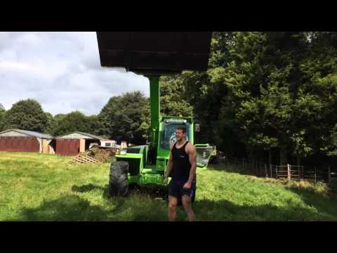 Tom Hopper ALS ice bucket challenge