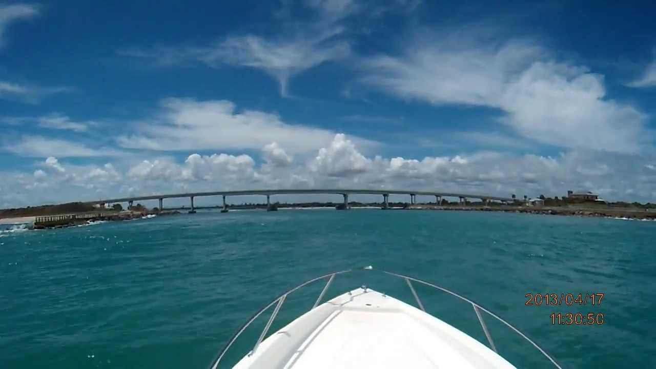 Coming In Through Sebastian Inlet Fountain Boat - YouTube