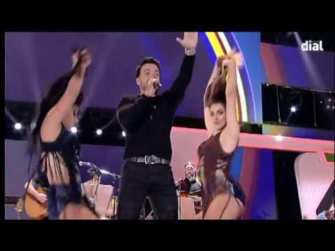 Entrega del Premio a Luis Fonsi en la Gala de los Premios Dial