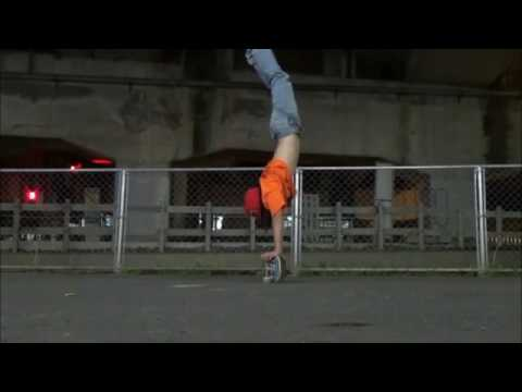 A few variations of handstand tricks by the talented @isamuism | Shralpin Skateboarding