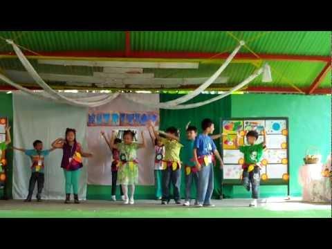 Makulay Ang Buhay Sa Sinabawang Gulay (grade 1) video