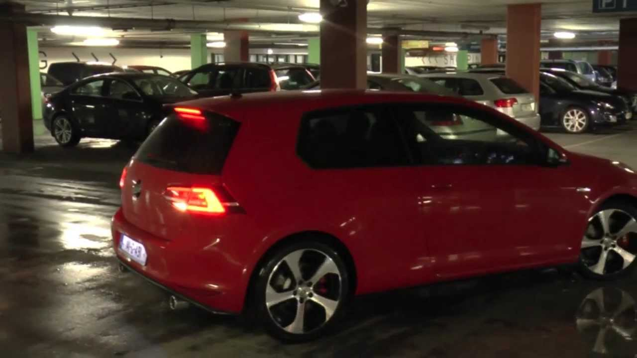 2 x Volkswagen Golf GTI Mk7 - YouTube