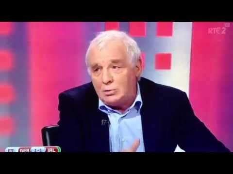 Eamon Dunphy playing players out of position