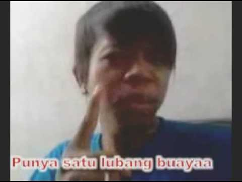 Wanita Lubang Buaya (lypsing Rahman With Lyrik) video