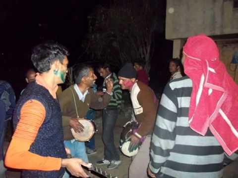 Garhwali Most Popular song Vill - Dhari - Holi 2012