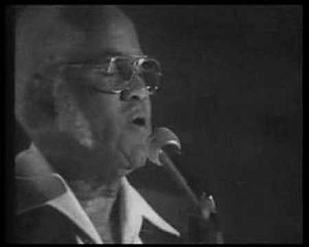 Staple Singers - Why Am I Treated So Bad