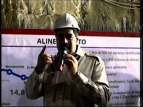 Topa Juana La Avanzadora llega a estación Miranda del Metro de Caracas, acto completo