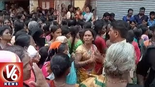 3 Rs Saree Offer Leads To Ruckus At Shopping Mall In Warangal