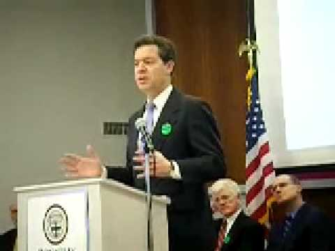 Brownback visits Donnelly College