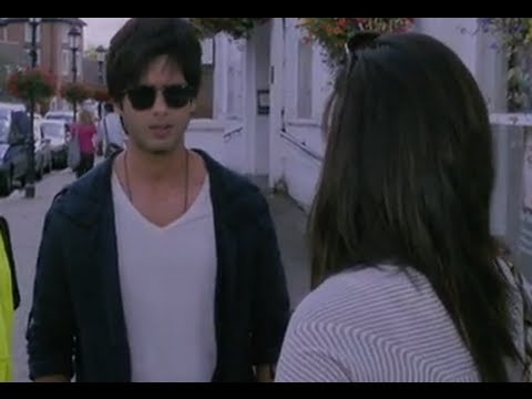 Priyanka Causes A Scene With Shahid
