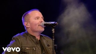 Watch Chris Tomlin White Flag video