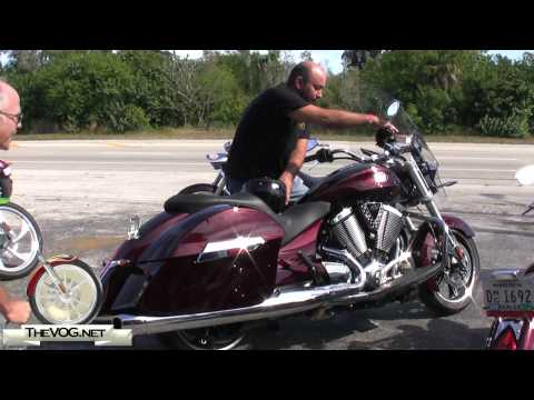 2010 Victory Cross Roads Exhaust Sound Video