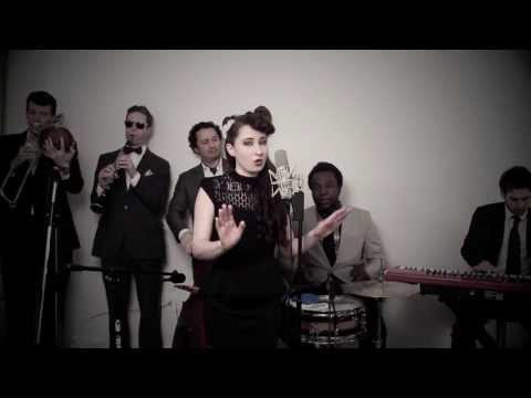 Don't You Worry Child (vintage 'great Gatsby' Style Swedish House Mafia Cover) video