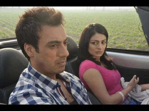Pinky Moge Wali Full Video Song Darmiyaan...