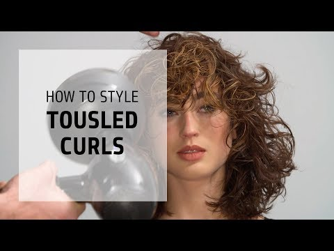 How to style tousled curls with Surf Oil spray | Curly Hairstyle Series | Goldwell Education Plus