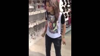 Zendaya Video - Zendaya Dancing to Justin Bieber In the store