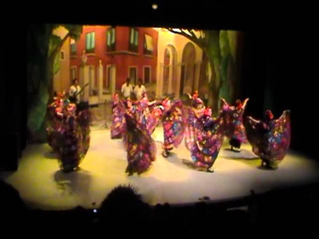 Chiapas Folklore \ Danza Folklorica de Chiapas
