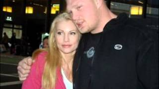 brock lesnar wife and his daughter pics