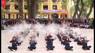 Nhảy cover Lạc trôi cực chất của học sinh cấp 3