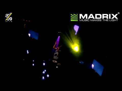 ADE 2009 - MADRIX professional - Nightclub lighting - HD Best of Fatboy Slim - Right here, Right Now