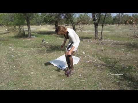 Ola - Mules, Wine, Fish-Crushing! (Food-Crush-Video) - #0052 thumbnail