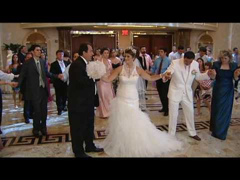 Albanian Wedding: Madrit & Ajshe Wardrobe Change