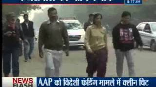Delhi CM Arvind Kejriwal takes morning walk,interacts with locals