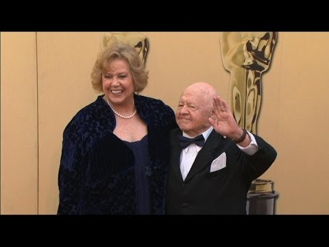 Hollywood Icon Mickey Rooney Dead at 93