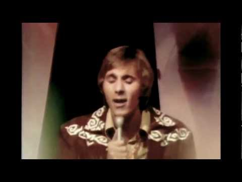 Gary Puckett & The Union Gap - This Girl Is A Woman Now