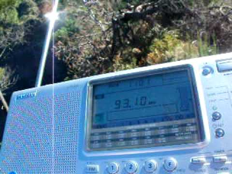 MADEIRA, Eira do Serrado - FM Radio from Morocco nearly without antenna!