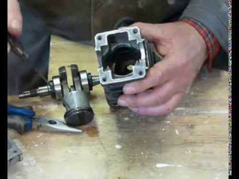 Stihl MS 230 or MS 250 chainsaw rebuild Part 3. Fitting the piston to the cylinder.