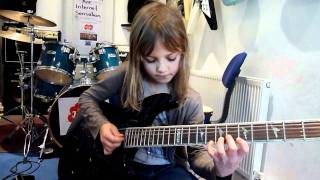 Bieu dien tai nang - Thần đồng guitar 8 tuổi
