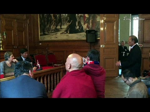 Tibetan PM Lobsang Sangay in Paris to address to supporters