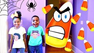 GIANT CANDY CORN vs Shiloh and Shasha - Crazy Halloween Food Chase! - Onyx Kids