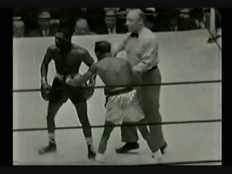 Sandy Saddler vs Teddy Davis