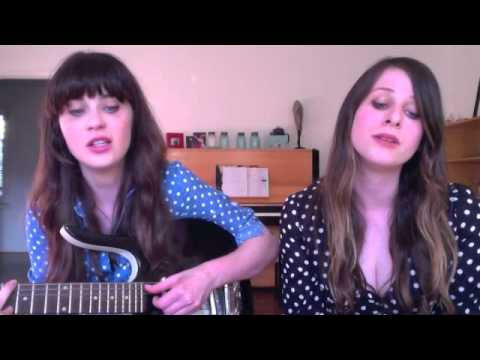 Video Chat Karaoke: Zooey Deschanel + Sasha Spielberg