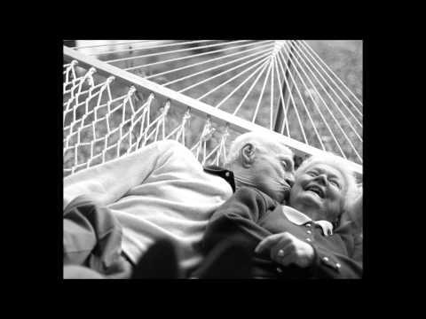 Erin Mckeown - Le Petit Mort