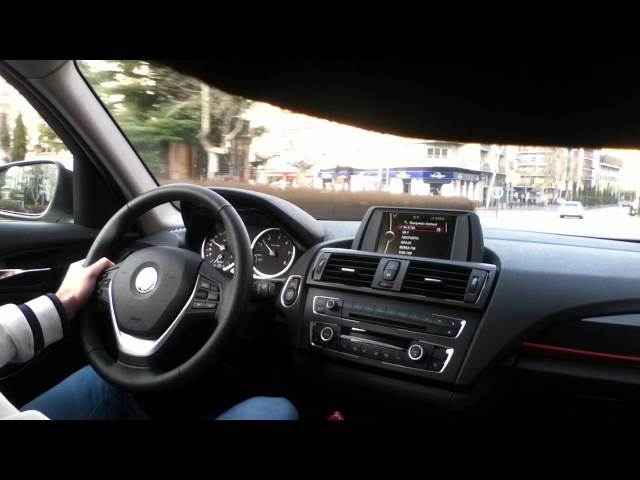 2012 BMW 1-Series 118d Sport through the city