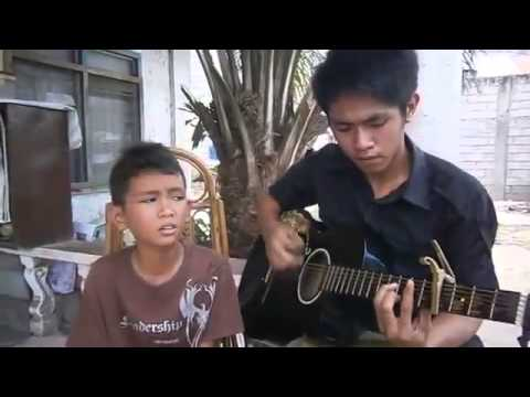 Little Boy From The Philippines With An Amazing Voice Murders This Song!