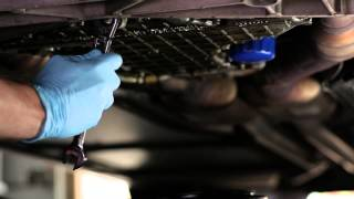 Mobil 1 & eHow: Changing Your Oil