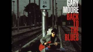 Watch Gary Moore Looking Back video