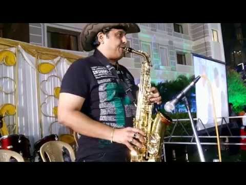 Hindi instrumental Jab koi baath on saxophone by sj prasanna...