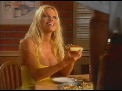 Pamela Anderson, Pizza Hut Commercial 1996 / 1st version (Spanish)